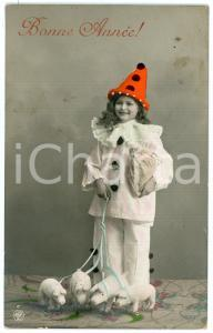 1910 BONNE ANNÉE Little girl Pierrot with leashed pigs *Hand tinted postcard
