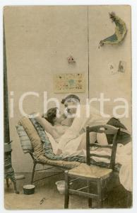 1900 ca VINTAGE EROTIC Couple on a cot - Postcard risque topless